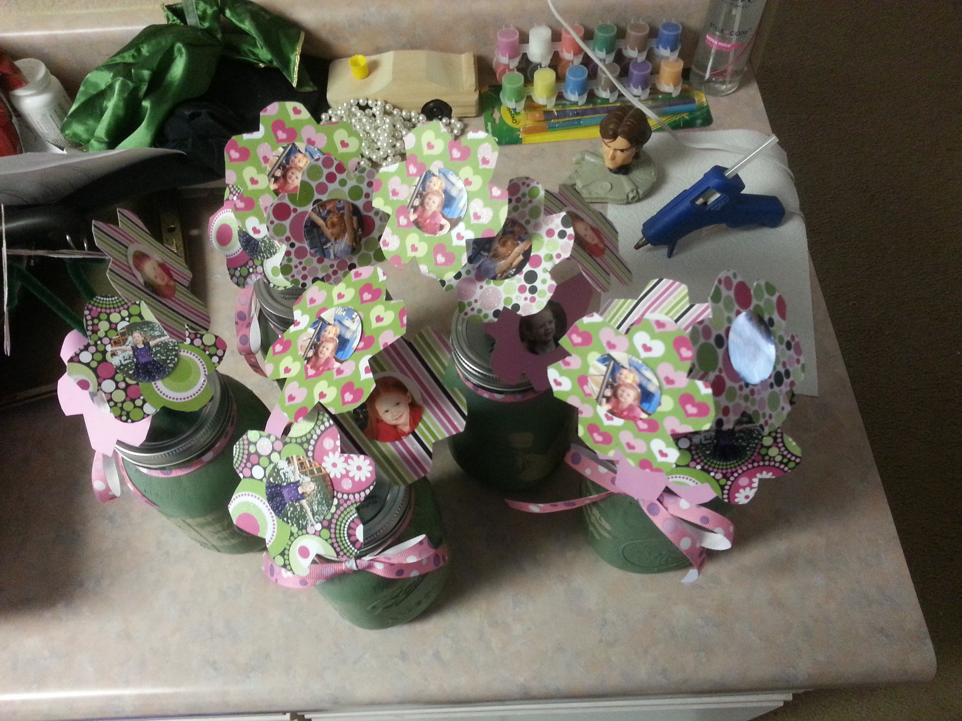 Final Product. Paper flowers in mason jar.